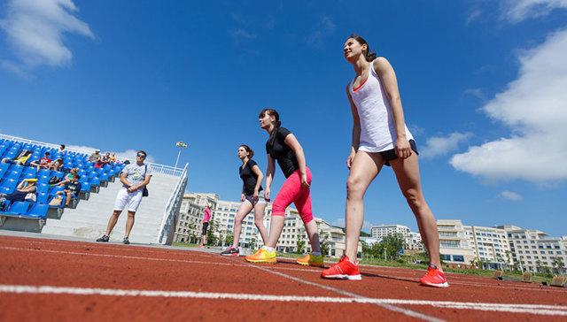 Школьные нормативы по физкультуре 2020 : отжимания, бег, лыжи